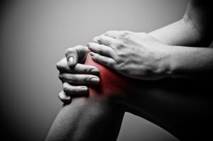El dolor de rodilla puede ser el primer aviso de un problema mucho más grave