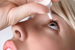 Las lágrimas artificiales son el mejor tratamiento para el ojo seco